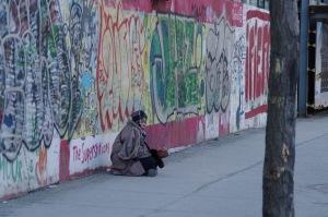 C'est fou comme l'argent aide à supporter la pauvreté (Alphonse Allais)