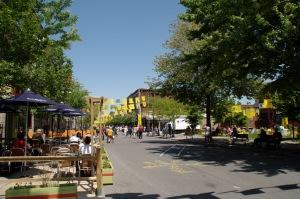 Le thème du Village cette année : beau temps pour étendre