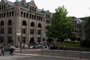 L'architecte américain Bruce Price donne à la gare Windsor son style de château