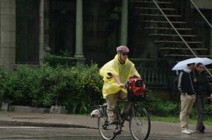 Ah! le plaisir de rouler sous la pluie