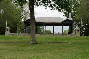 Un silence douloureux plane maintenant sur le parc Morgan, oublié de toutes et de tous