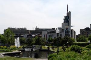 Le musée jouxte le Vieux-Port de Montréal