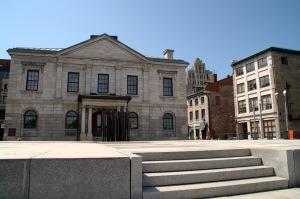 Œuvre de l'architecte John Ostell, cet édifice a été érigé entre 1836 et 1837 pour loger la douane de Montréal