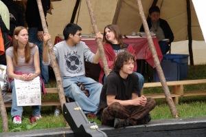 Un peu plus du tiers (35%) des jeunes Autochtones terminent leurs études secondaires (Perry Bellegarde)