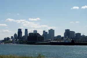 En plus d'être récréo-touristique, le Port de Montréal est un carrefour d'affaires