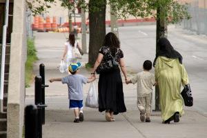 La Charia est l'ensemble des lois imposées par Allah et révélées aux Messagers