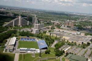 Le village olympique et le stade Saputo, don de la famille Saputo de Montréal