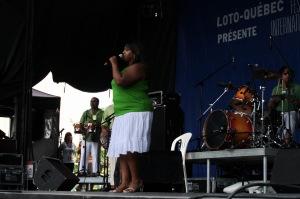 Le séga, c'est la musique traditionnelle de l'Île Maurice, rythmée et colorée