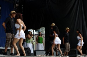 La plupart des membres du groupe sont nés à l'Île Maurice