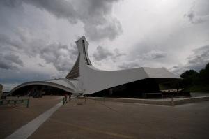 L'aérodynamisme de son architecture en laisse plus d'un... pantois!