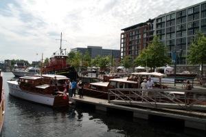 Vivre un après-midi entouré de bateaux fait tout de même un peu rêver...