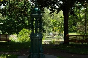 C'est en 1871, boulevard de la Villette, que Paris inaugure sa première fontaire Wallace