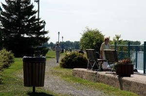 Le parc des Pionniers, c'est également un accès exceptionnel au fleuve