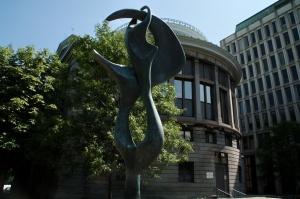 Les revenus globaux de McGill, en 2007-2008, étaient de 1 074 061 000 $