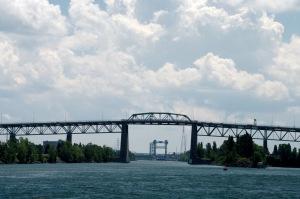 Perspective du fleuve jusqu'à l'entrée de la voie Maritime