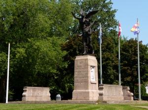 Ce monument est également appelé Monument aux braves de Westmount