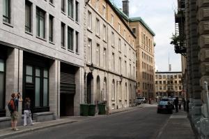 Une rue habitée offre plus qu'une enfilade de façades