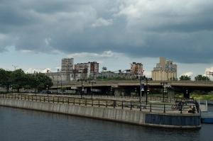 Depuis un quart de siècle, des millions de cyclistes et de piétons se sont approprié les rives du canal Lachine