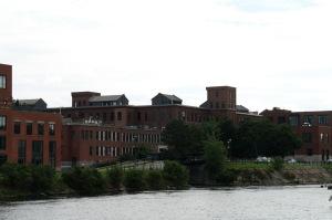 De 1896 à 1939, le développement de Montréal se caractérise par la montée de la grande entreprise