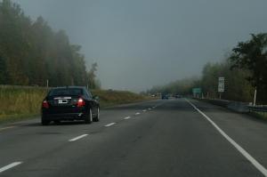 Comme des micro-climats, le brouillard s'installait ça et là sur notre parcours
