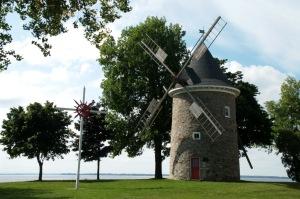 Ce moulin constitue l'un des plus vieux vestiges de la colonisation des rives de l'île de Montréal