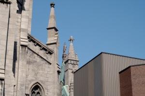 Montréal constitue une plaque tournante incontournable pour le commerce, l'industrie, la culture, la finance et les affaires internationales