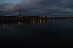 À la brunante, le Vieux-Port de Montréal s'illumine... de beauté