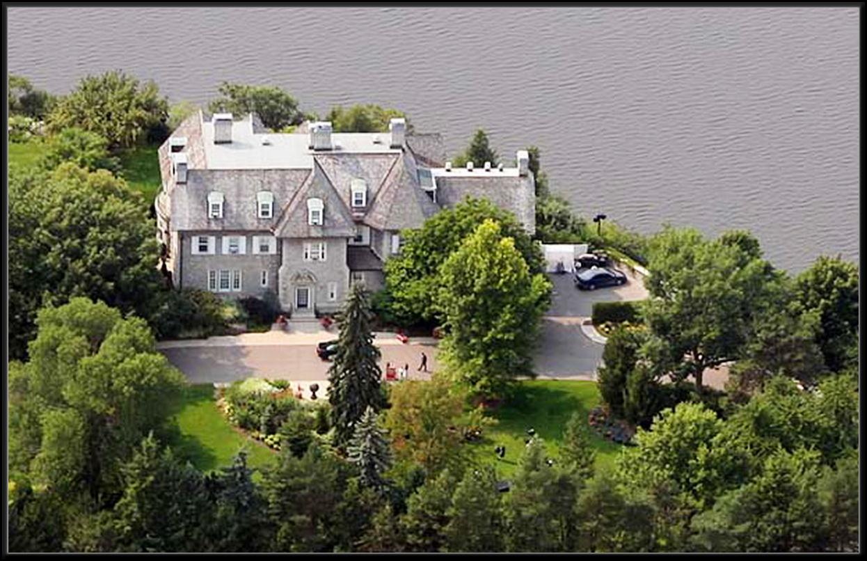 Les fleurs du premier ministre harper les beaut s de for Annonceur maison du canadien