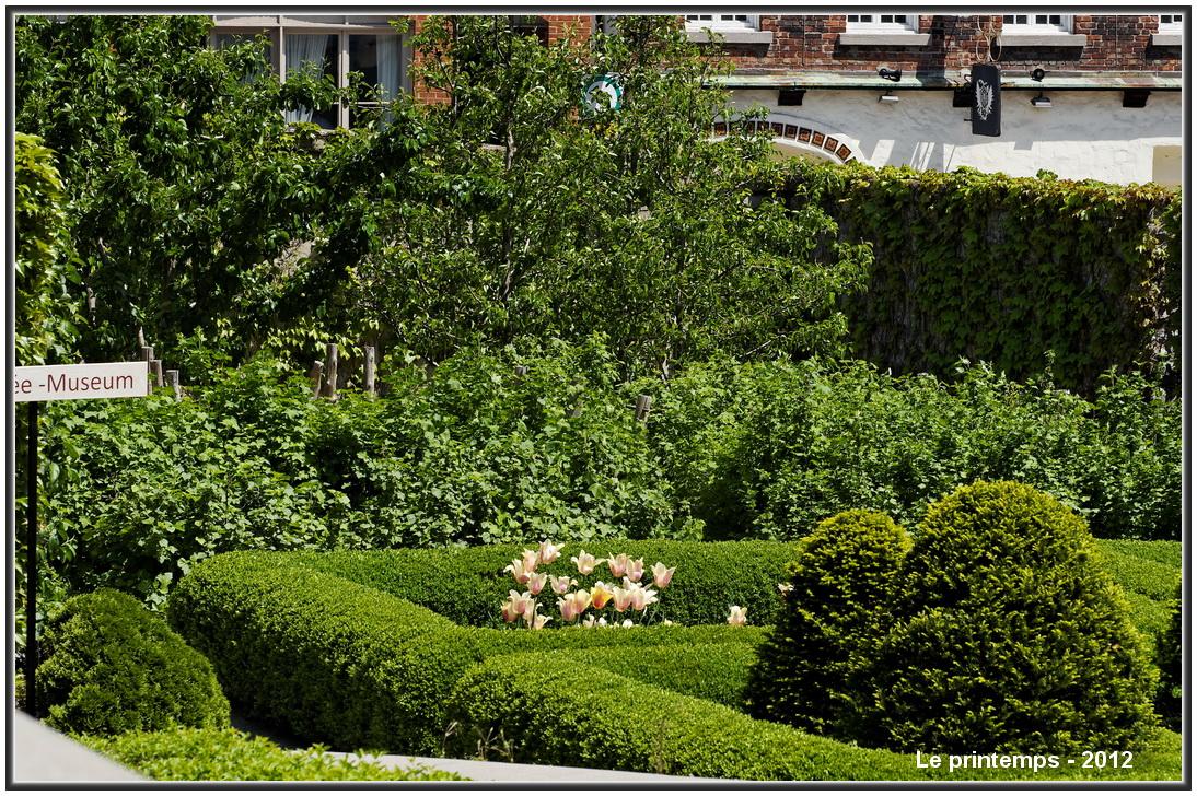 Jardin du gouverneur les beaut s de montr al for Au jardin du gouverneur