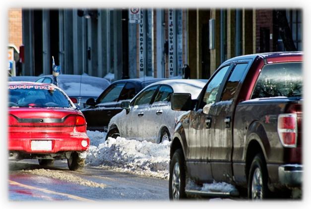 Les rues enneigées de Montréal